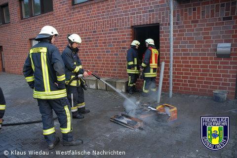 Feuer in Büroräumen – Brandstiftung nach Einbruch nicht ausgeschlossen