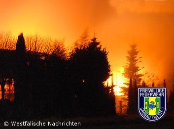 Feuer vernichtet Gartenhandel – Sachschaden mindestens 150.000 Euro
