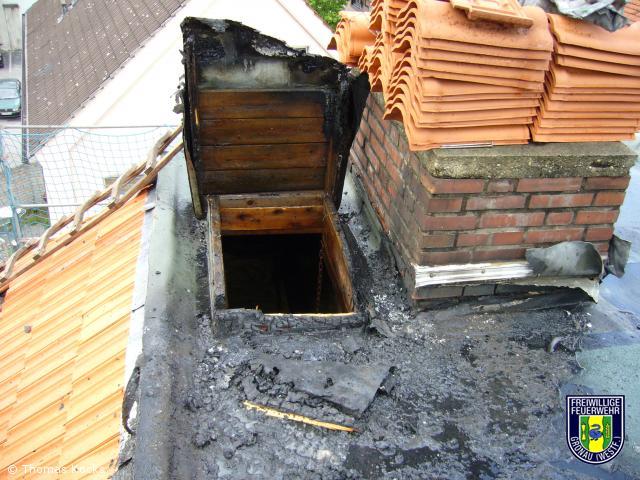 Brennt Dachhaut nach Schweißarbeiten