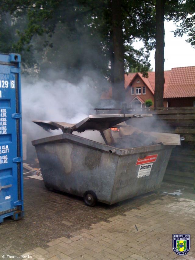 Brennt Container