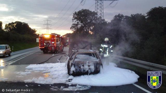 Fahrzeug brennt komplett aus – B54