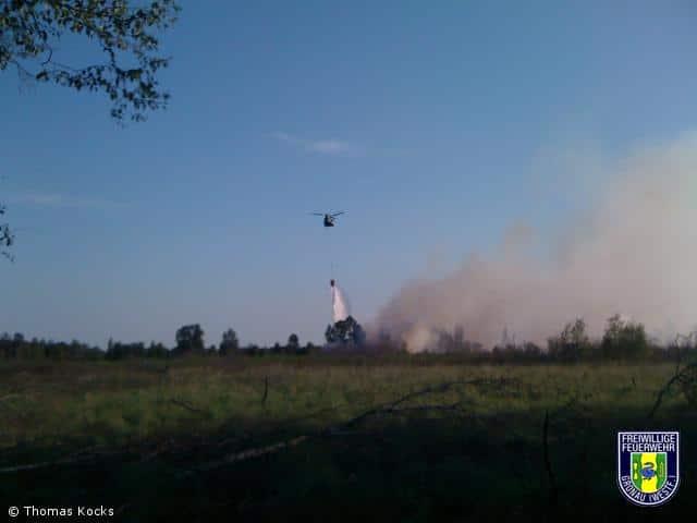 300 Feuerwehrleute kämpfen weiter gegen Vennbrand