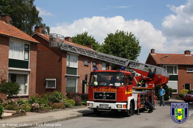 Drehleiter zur Unterstützung des Holländischen Rettungsdienstes