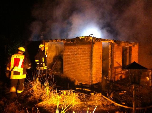 Kleingartenhaus ausgebrannt am Storker Hook