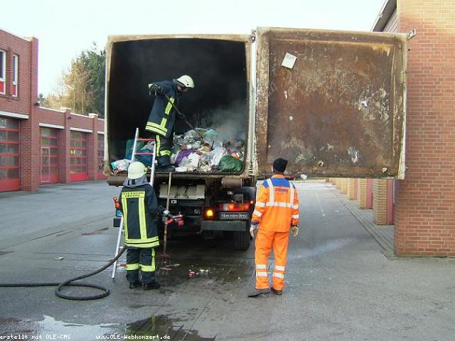 Müllwagenbrand