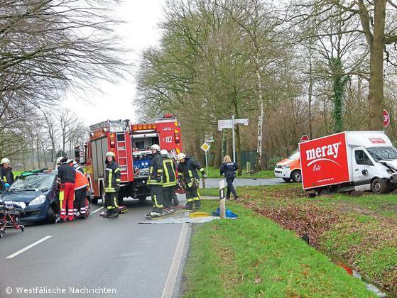 Verkehrsunfall mit zwei Verletzten auf der Alstätter Straße