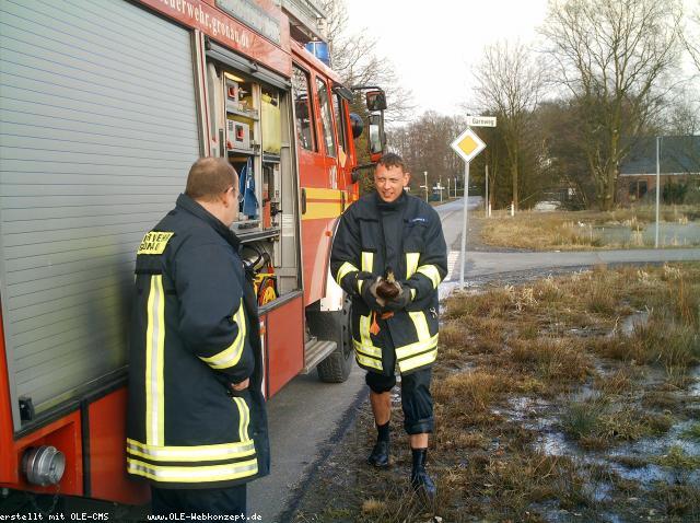 Feuerwehr rettet Ente