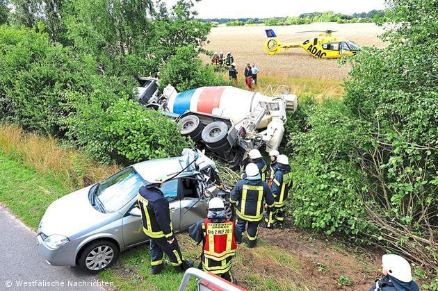Tödlicher Verkehrsunfall auf dem Postbrückenweg