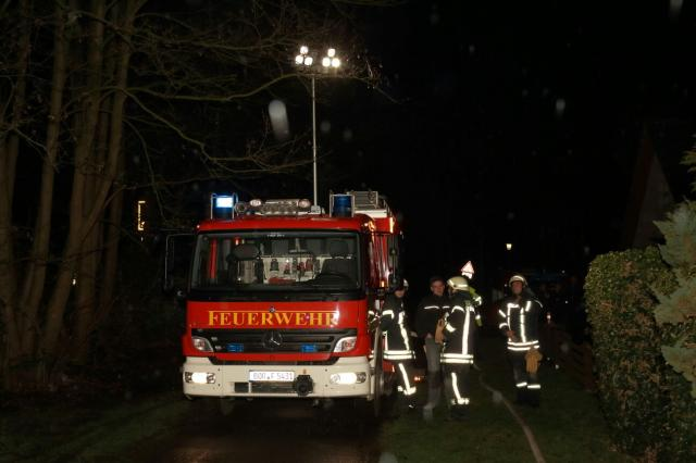 Küchenbrand und zwei Verletzte