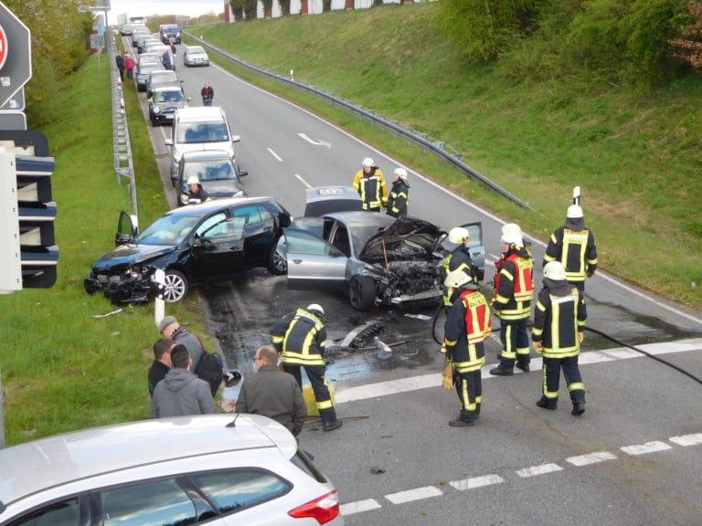 Schwerer Verkehrsunfall nach Verfolgungsfahrt auf Gronauer Straße
