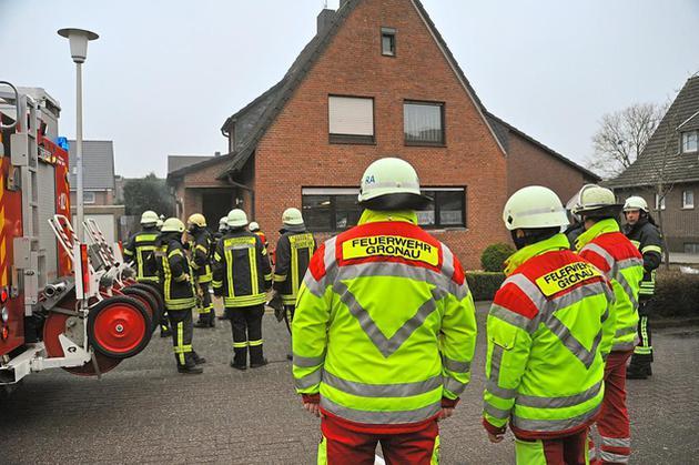 Kellerbrand an der Freiherr-von Vincke Straße schnell unter Kontrolle
