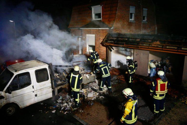 LKW brannte auf dem Tannenkamp