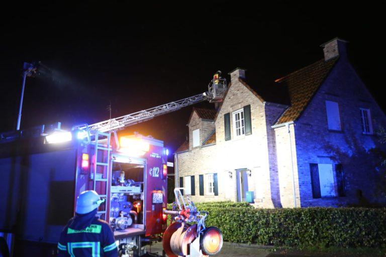 Blitz schlug in Wohnhaus ein und richtete hohen Sachschaden an