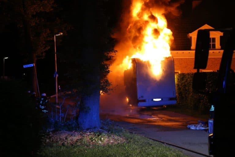 Wohnmobil wurde Raub der Flammen