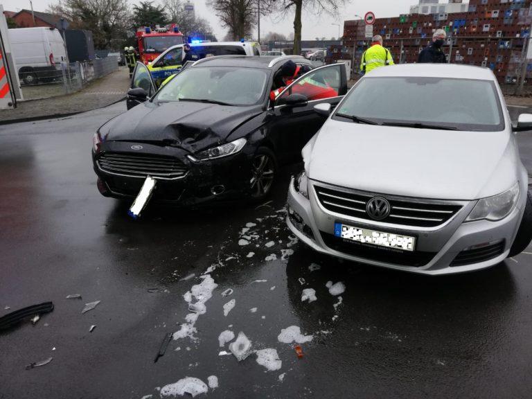 Verkehrsunfall auf dem Amelandsbrückenweg