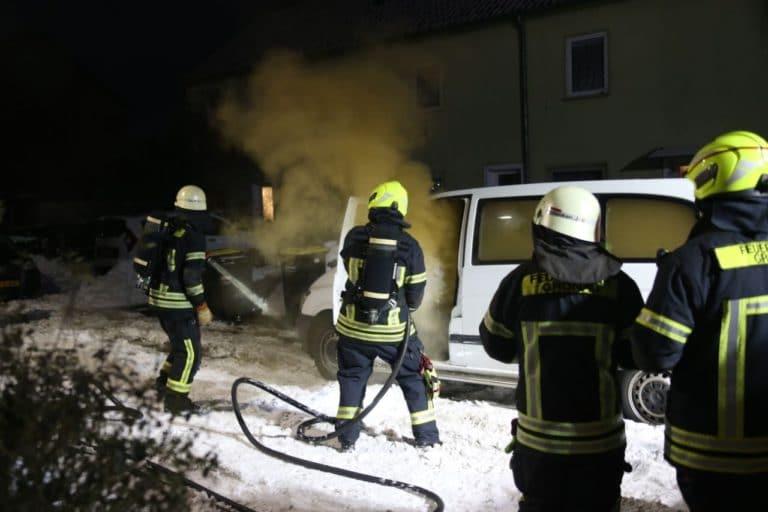 PKW Brand auf der Herbertstraße