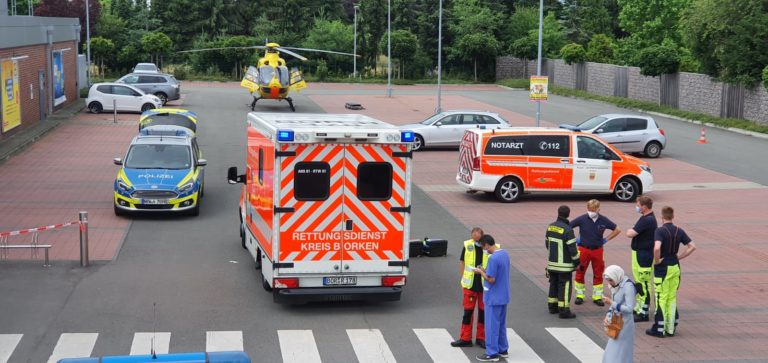 Kleinkind nach Verkehrsunfall mit Rettungshubschrauber nach Münster geflogen